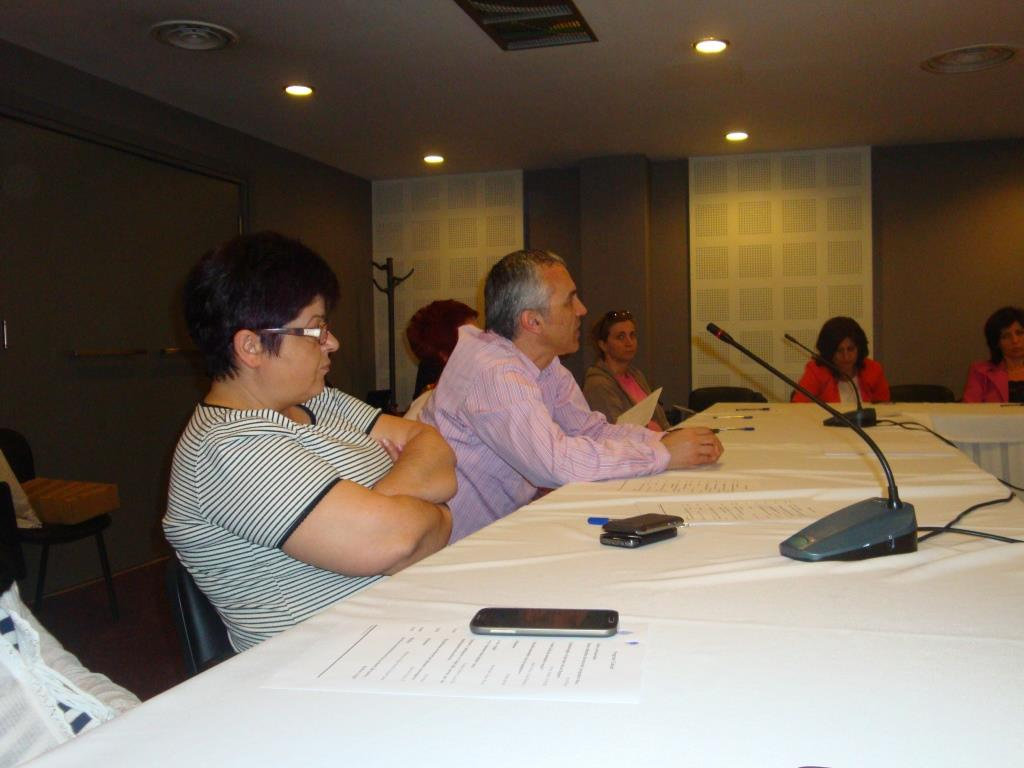 Annual Influenza Meeting of Vet and IPH, June 7 2014